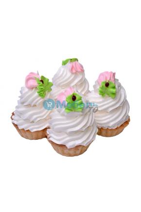 Искусственный десерт корзинка муляж