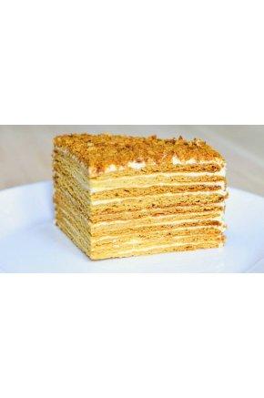 Искусственный десерт медовик муляж