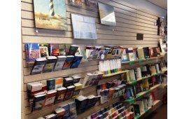 Фото магазина книг 6